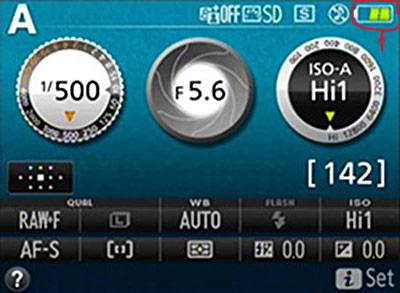 nikon 5300 battery indicator